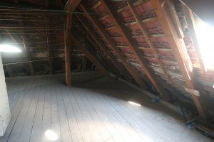 382 Ein echtes Schmuckstück in Brumby zum Schnäppchenpreis - gepflegter Dachboden